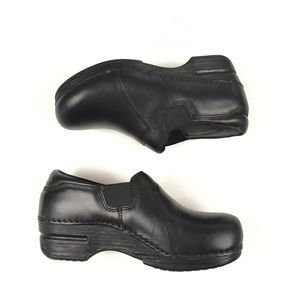 Dansko Tatum Pro XP Black Leather Clogs Sz 36 / 6